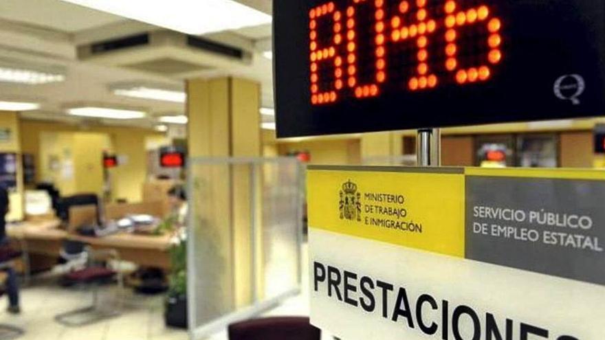 Más de 50.000 empleados canarios en ERTE están en riesgo de perder el trabajo