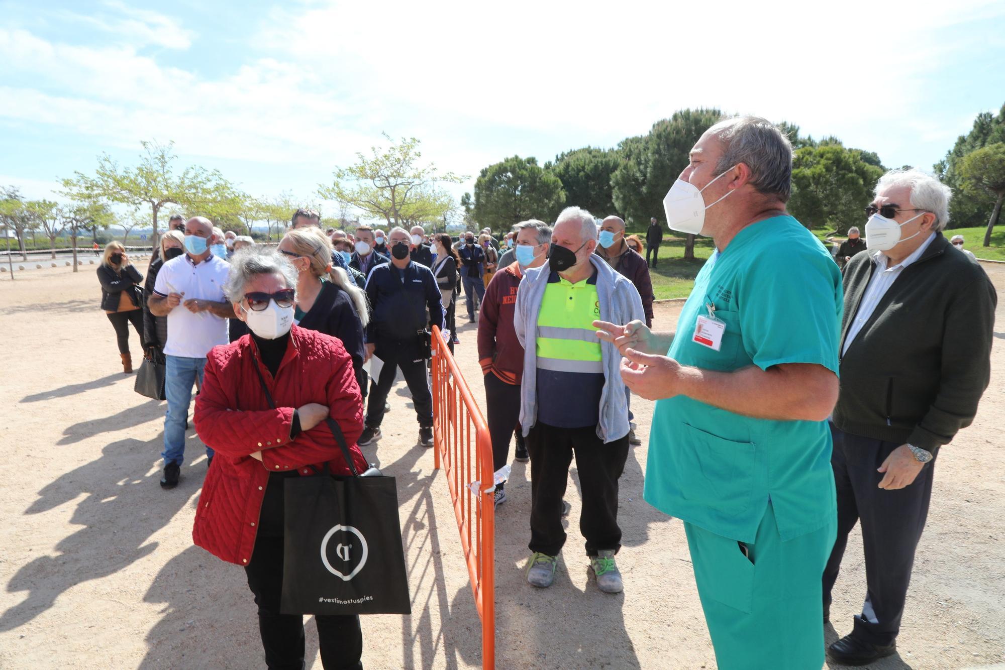 La vacunación masiva empezó el lunes en Castelló