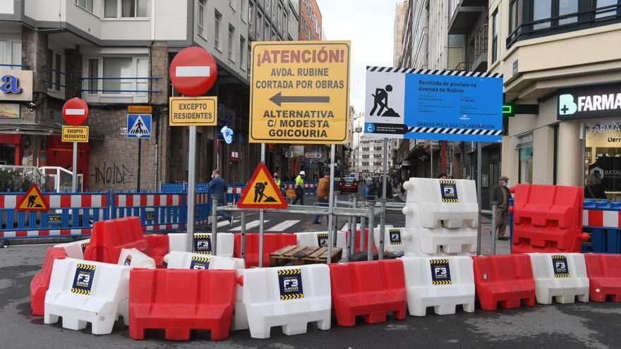 """Comerciantes de Rubine auguran que la calle va a estar """"muerta"""" por las obras que durarán un mes y medio"""