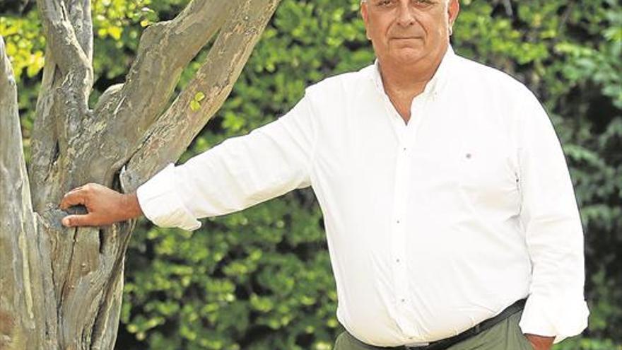 """Pedro Escribano: """"El vertido de Oleícola El Tejar, como poco, ha sido grave"""""""