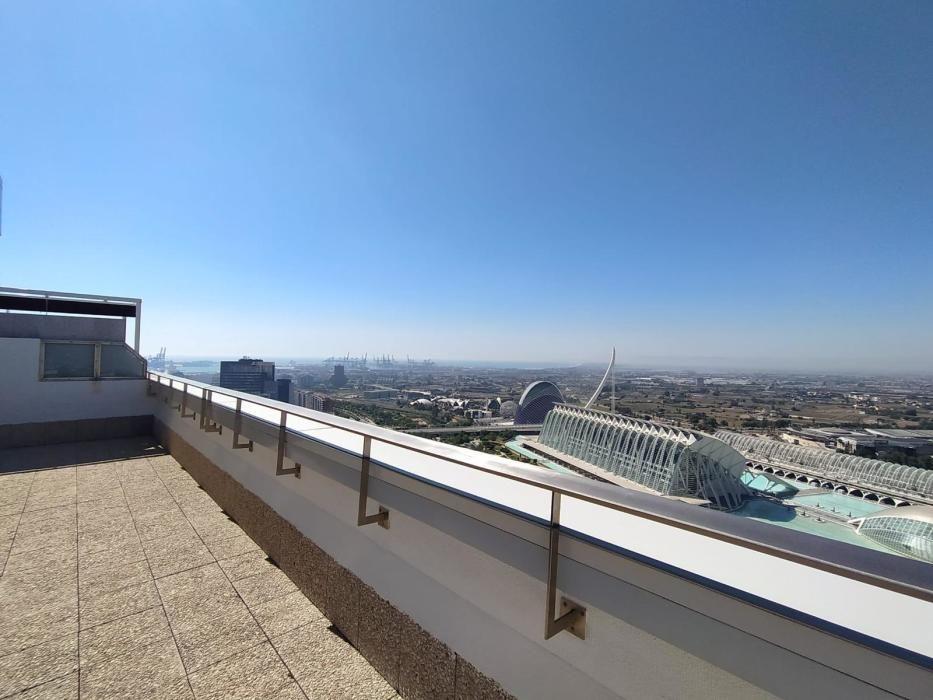 Los áticos despiertan pasiones en València