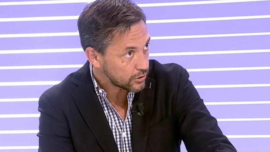 """Javier Ruiz: """"Basta ya de intimidar a los periodistas que no cantamos el 'Cara al sol"""""""