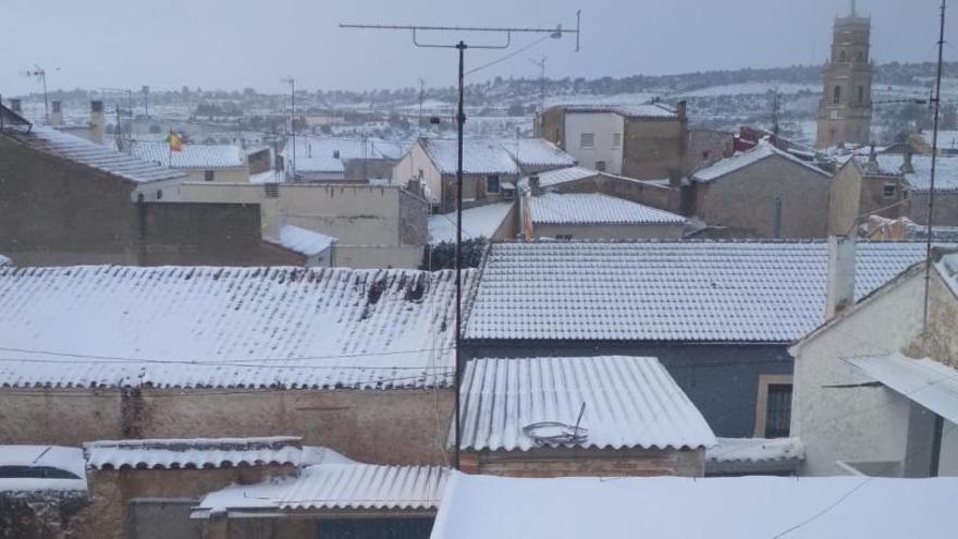 La nieve se deja ver en Requena