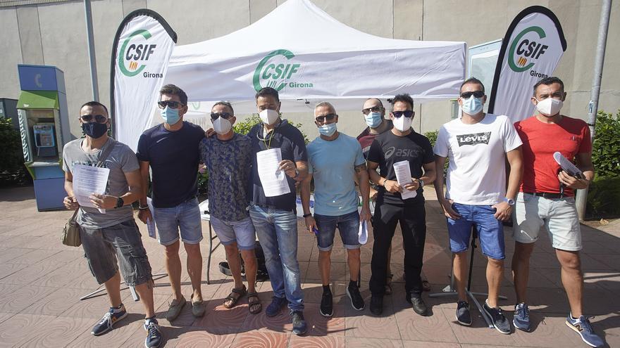 Concentració de policies locals de Palamós per reclamar més efectius