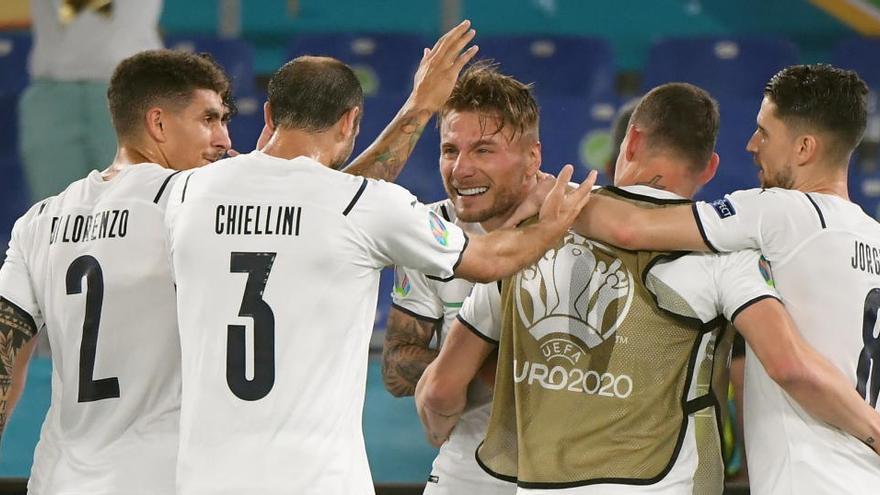 Italia abre la Eurocopa con un festival de goles ante Turquía