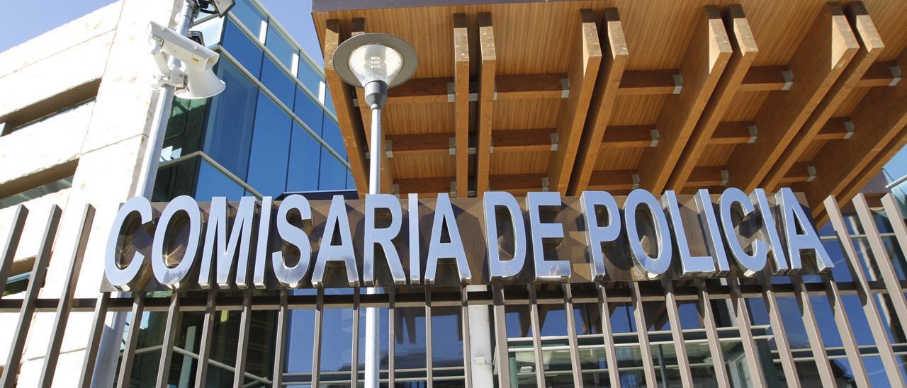 Fachada de la comisaría de Policía de Ibiza. Vicent Marí