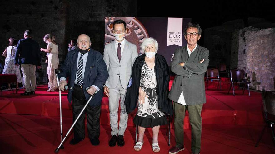 Homenaje a tres personas que ayudaron a mejorar Ibiza
