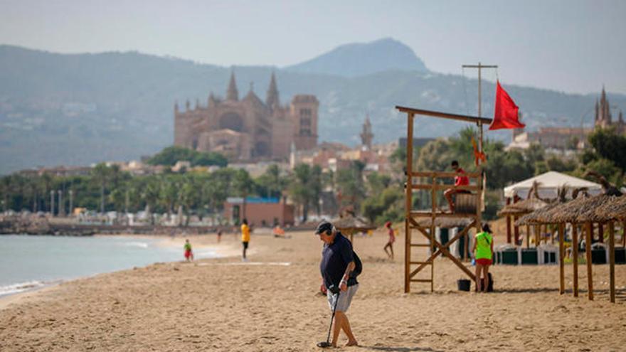 Las playas de Can Pere Antoni, Ciutat Jardí y Cala Major siguen cerradas