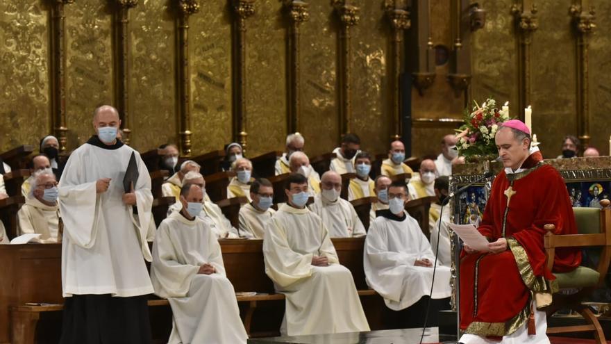 Montserrat beneeix el nou abat