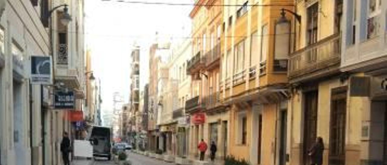 Jardineras instaladas en la calle Pérez Galdós.
