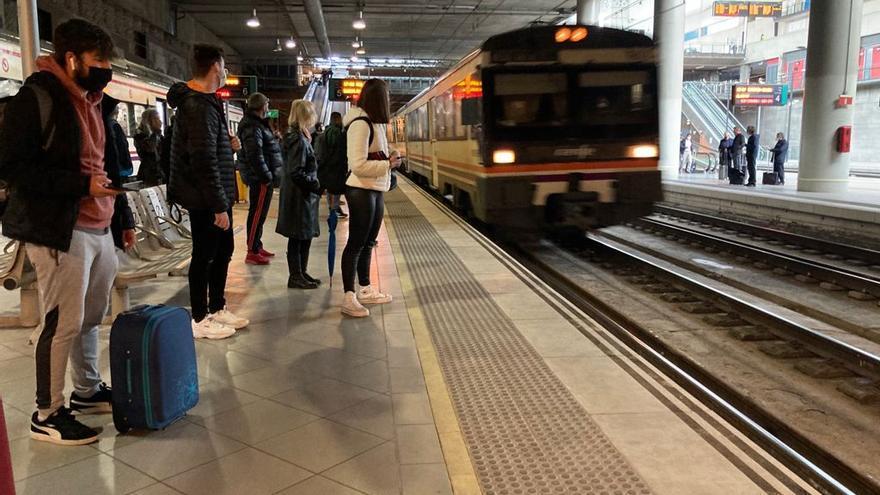 Renfe mantiene el recorte en los trenes a Vinaròs pese a la mayor movilidad