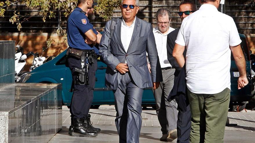 La fiscal solicita  4,5 años de cárcel para el exalcalde de Moncada