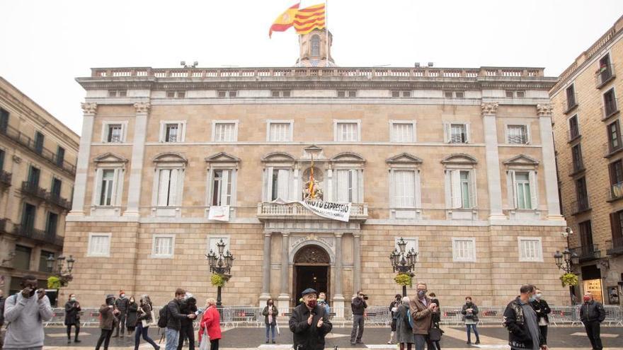 Cataluña permitirá reuniones de 10 en Navidad