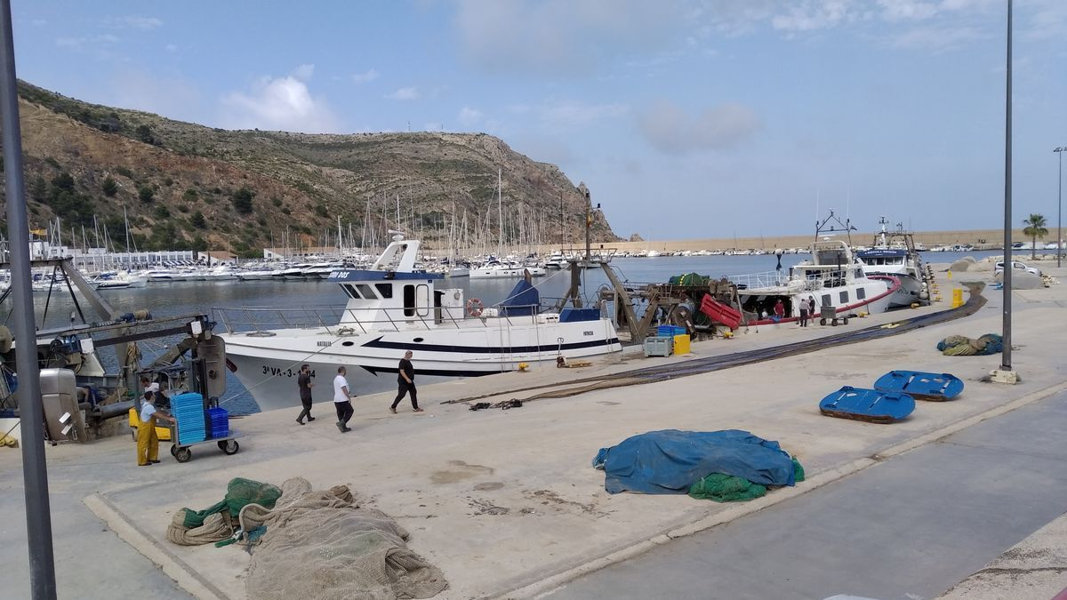 General image of the port of Xàbia, where the fishing boat that found the body is based