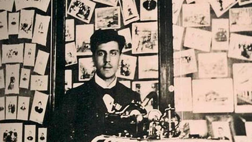 123 años de la  primera proyección cinematografica  en canarias