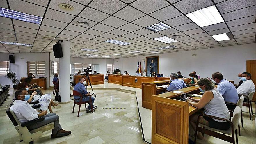 La modificación de créditos enfrenta al PP y la oposición de Torrevieja