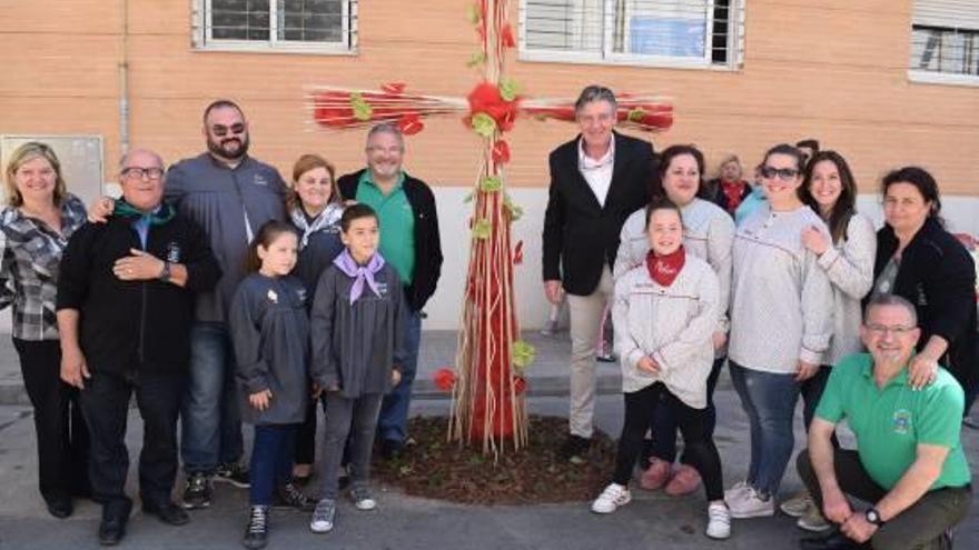 La falla Sant Torquat gana el concurso de cruces en Sedaví