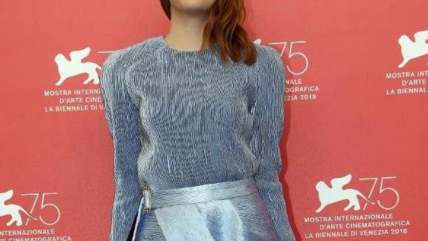 Emma Stone abandona la soltería con el director y guionista Dave McCary