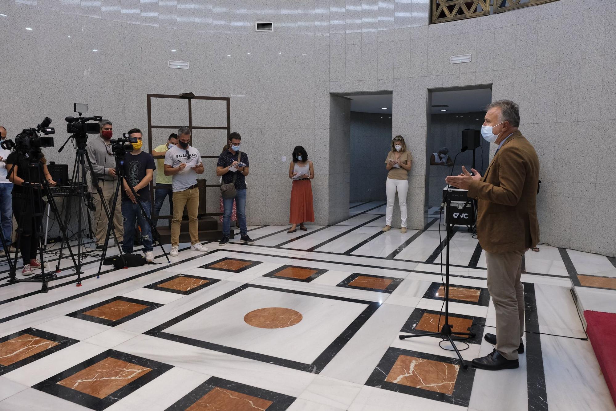 Reunión de Antonio Morales con Ángel Víctor Torres