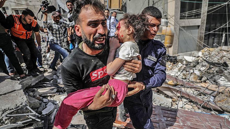 L'ofensiva israeliana causa la mort d'almenys 200 palestins