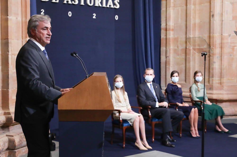 Carlos Sainz durante su discurso.