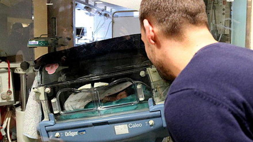 El primer nadó de l'any és un nen que es diu Aleix i ha nascut a Terrassa