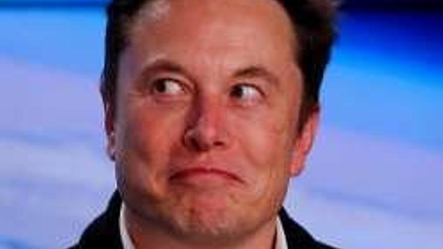 """Elon Musk entrenó bien a su """"dragón"""""""