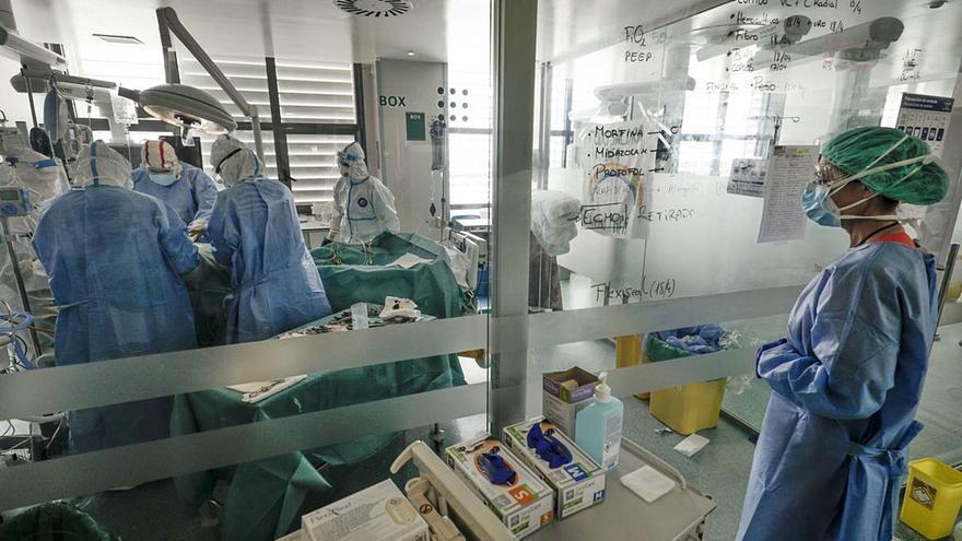Baleares suma seis muertes más por coronavirus, una de las cifras más altas de la segunda ola