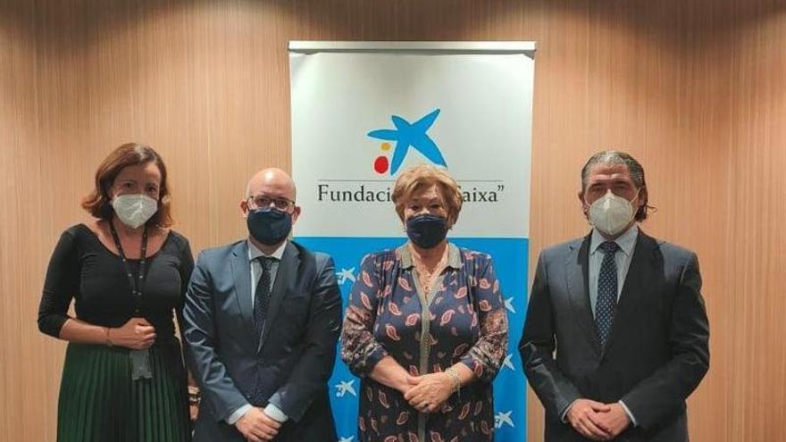 Caixabank destina 20.000 euros a las cofradías cordobesas
