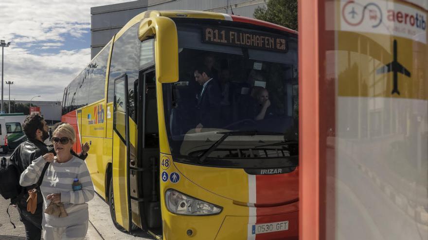 Ab dem 15. Juni fahren wieder Busse vom Flughafen in die Urlaubsorte