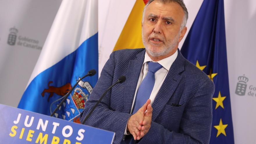 Torres dice que a partir de esta semana se aumentará el ritmo de vacunación en Canarias