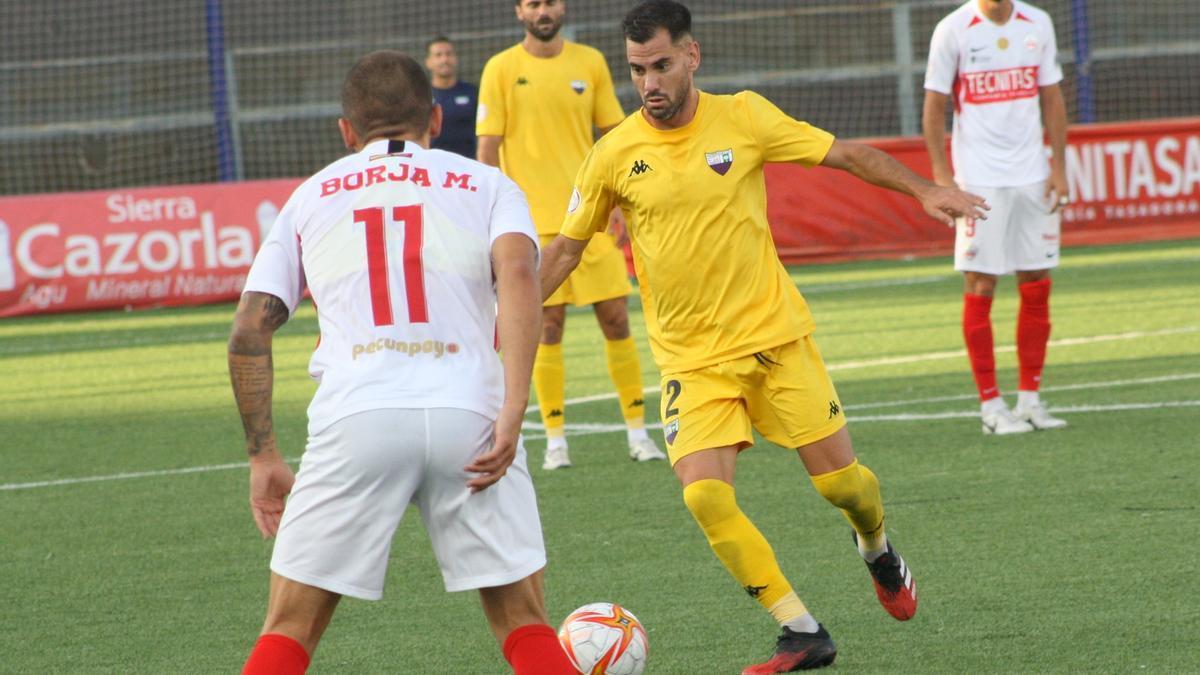 Saúl González durante un partido de esta temporada