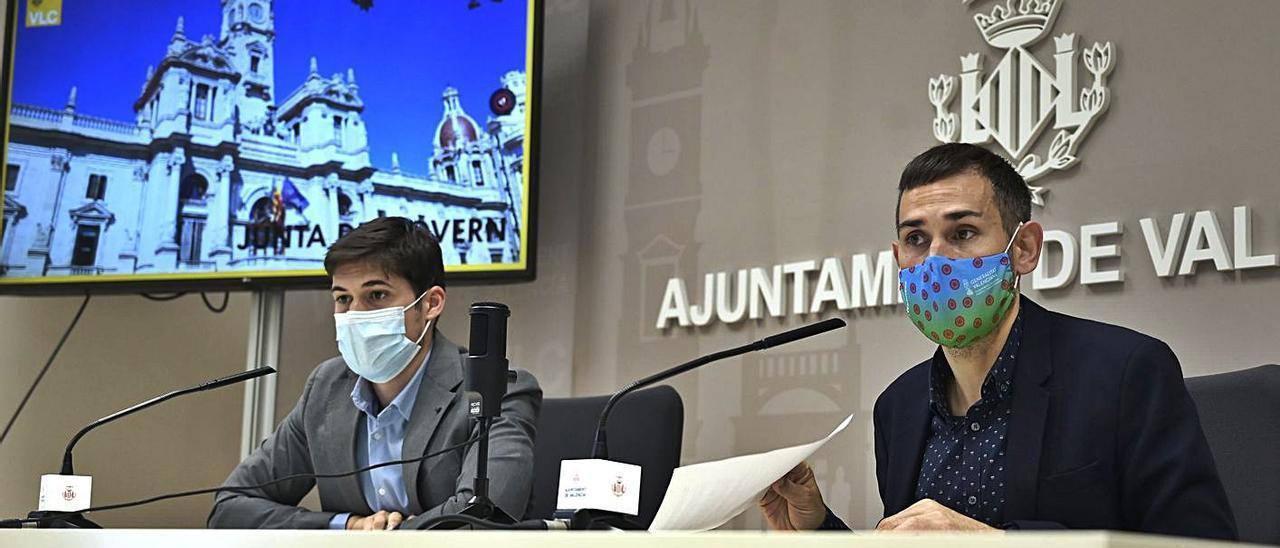 Un momento de la rueda de prensa protagonizada por Borja Sanjuán y Sergi Campillo. | LEVANTE-EMV