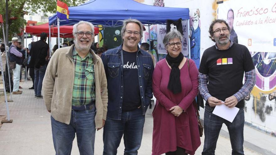 García Rubio, Guarido, López y Viñas durante la Fiesta anual de IU.