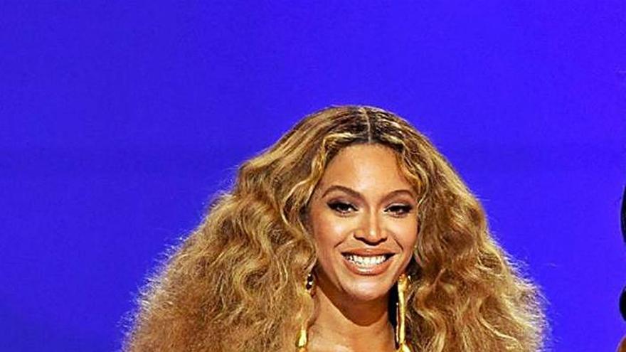 Taylor Swift y Beyoncé reinan en los Grammy del poder femenino