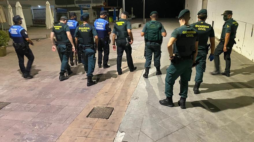 CANARIAS.-Sucesos.- La Guardia Civil realiza 18 denuncias en Fuerteventura por incumplir las medidas anticovid