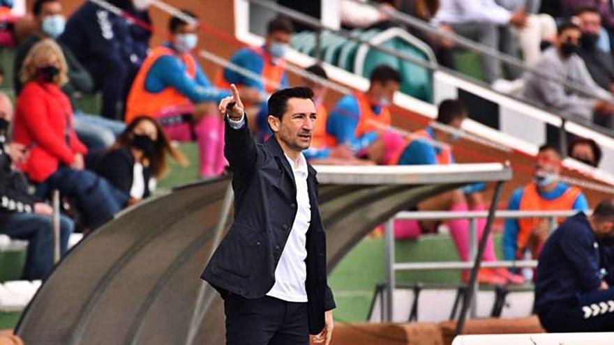 Olot, Espanyol B y Prat, tres partidos para la Peña Deportiva en ocho días
