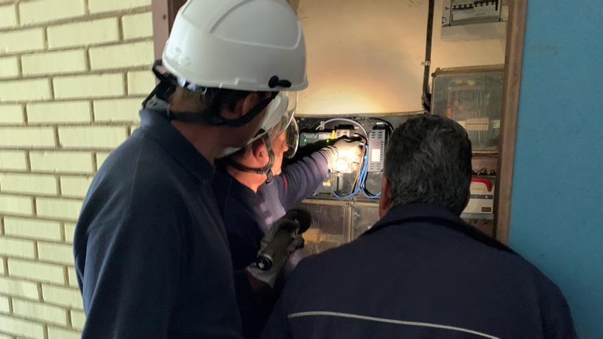 Una avería en La Maruca deja sin electricidad a 20.000 hogares y negocios de Avilés