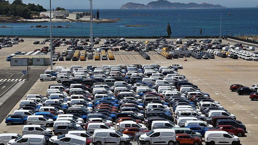 Vigo, el puerto español que mejor resiste la caída en el tráfico de vehículos