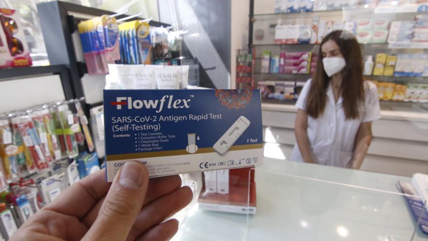 ¿Qué hago si doy positivo en un test de autodiagnóstico adquirido en una farmacia?
