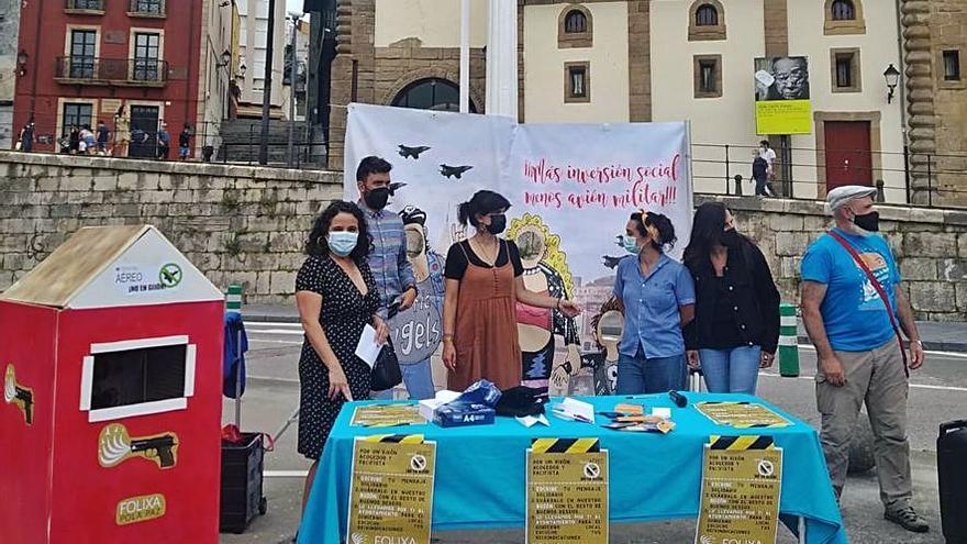 Protesta contra el Festival Aéreo