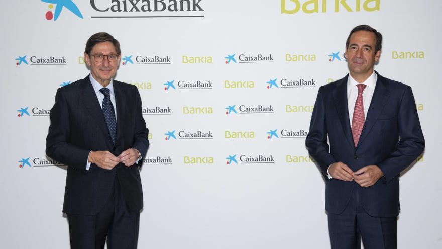 Los accionistas de CaixaBank y Bankia votarán la fusión esta semana en València