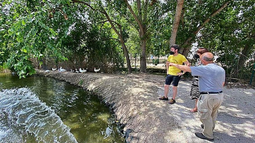 Canals instala una bomba de agua para impedir la insalubridad en la Palanqueta