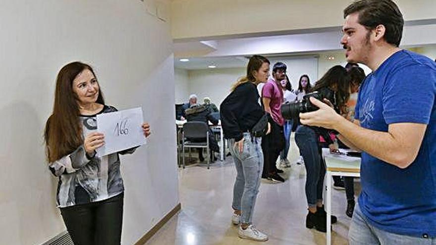 El càsting per a la segona temporada d'«Hache» reuneix 300 persones a Manresa