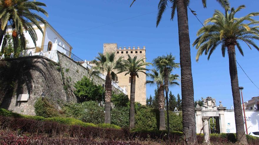 Una reunión técnica en Madrid comenzará a definir la actuación en la ladera norte de la Villa de Cabra