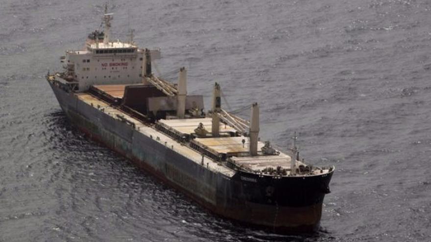 La lejanía del barco con fertilizantes desactiva el plan por contaminación