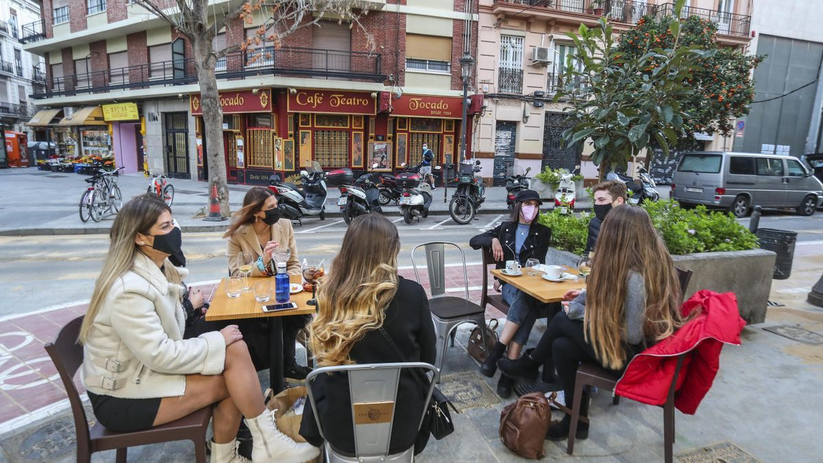A qué hora abrirán y cerrarán los bares de la Comunidad Valenciana