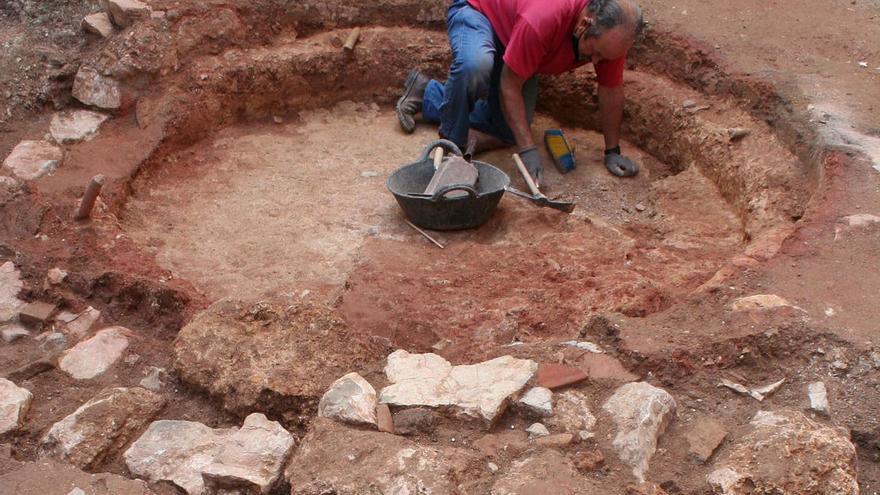 Hallados varios hornos cerámicos de época andalusí en la calle San Marcos de Priego