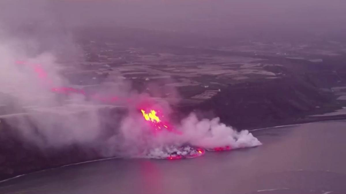 Lava from La Palma volcano crashes into ocean