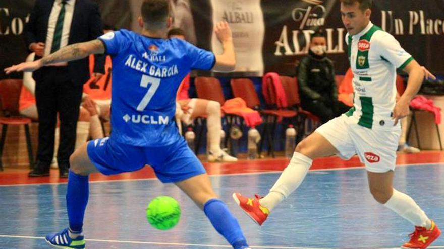 El Córdoba Futsal-Valdepeñas, en el aire por el coronavirus